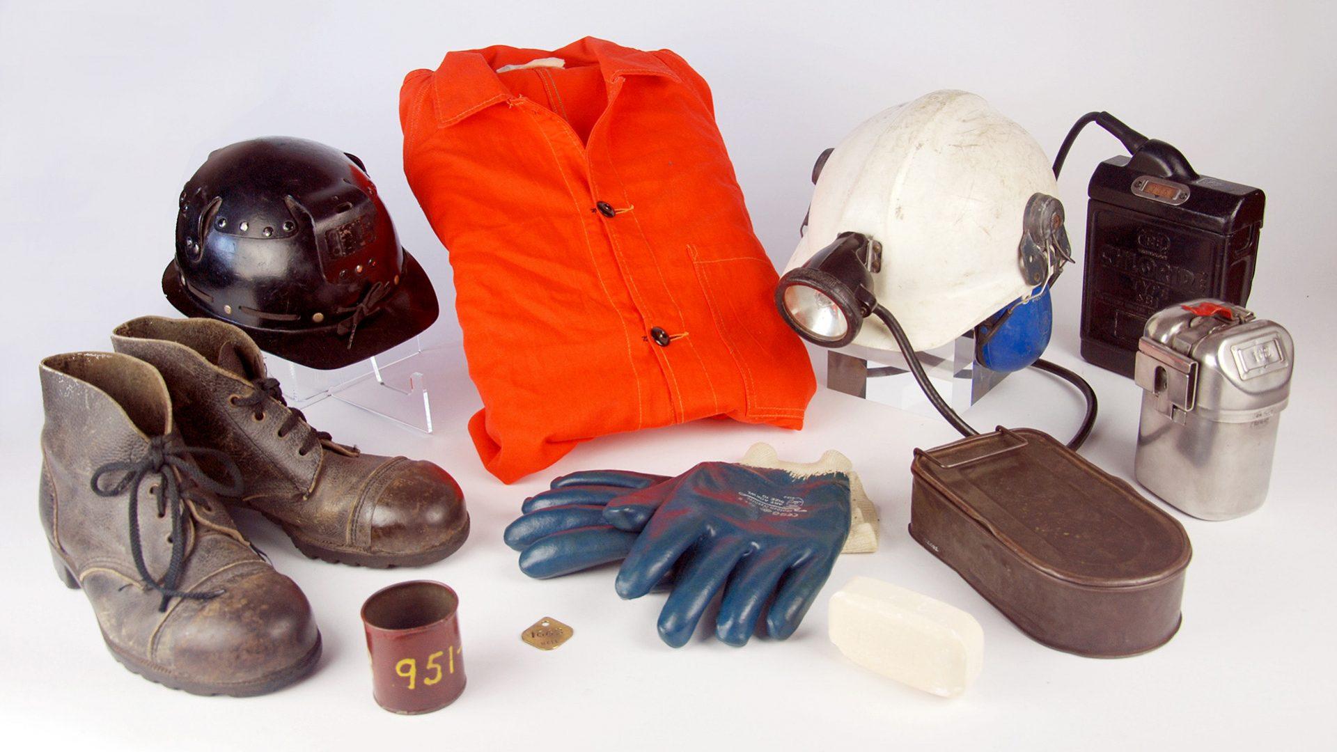Miners at Work Loan Box