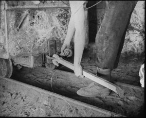 Image of a drag being used underground